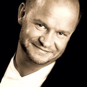 Tomas Bogren